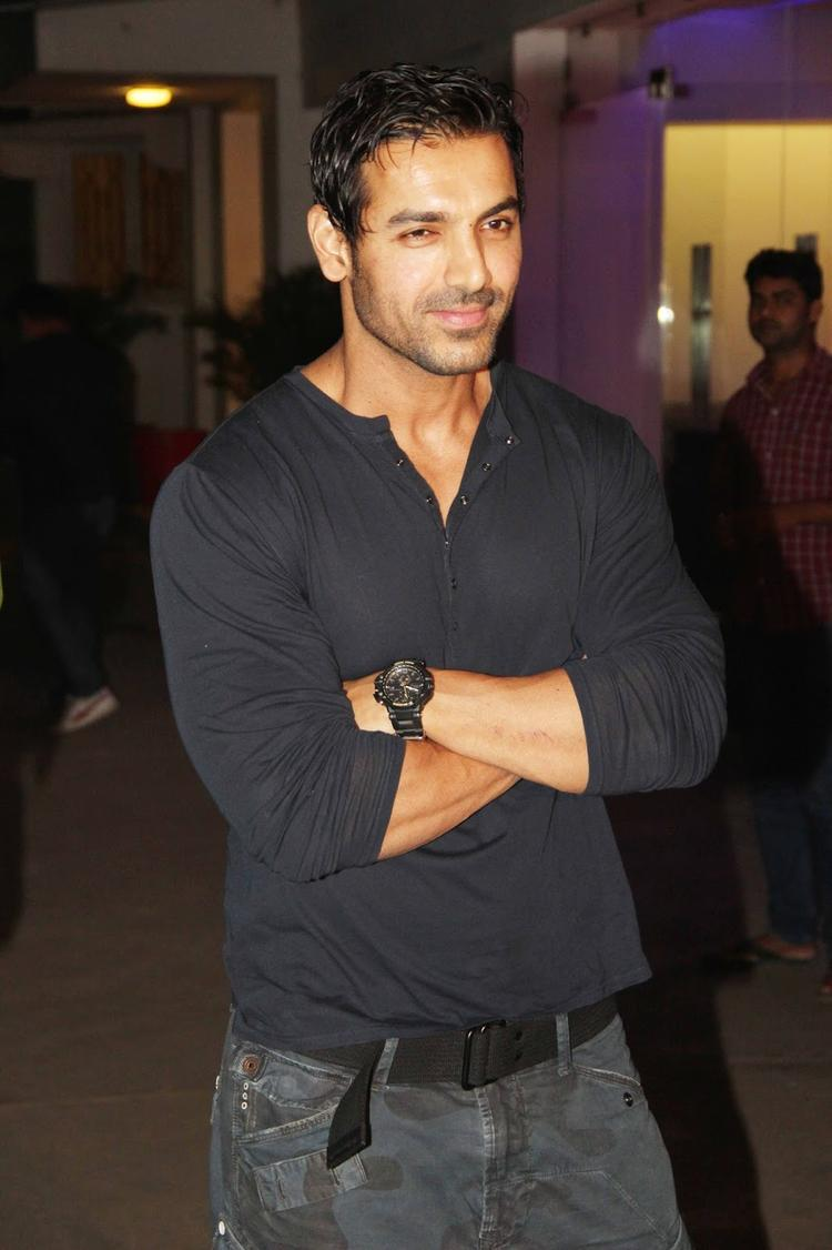 John Abraham Pose During The Special Screening Of Madras Cafe