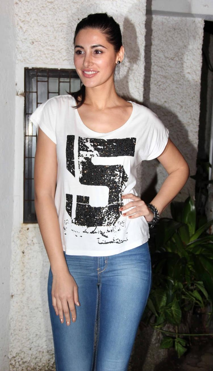Nargis Fakhri Snapped At The Special Screening Of Madras Cafe