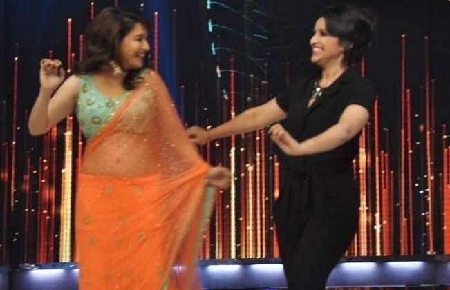 Madhuri And Parineeti Danced During The Promotion Of Shuddh Desi Romance Movie On The Sets Of Jhalak Dikhla Jaa 6