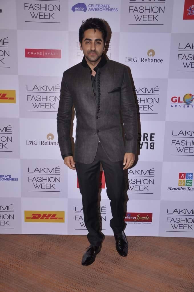 Ayushman Khurana Pose For Camera During Manish Malhotra`s Show LFW WF 2013