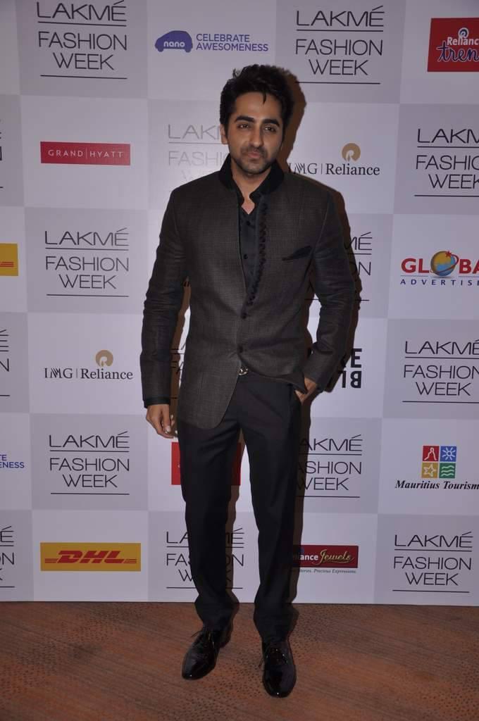 Ayushman Khurana Snapped At Manish Malhotra`s Show LFW WF 2013