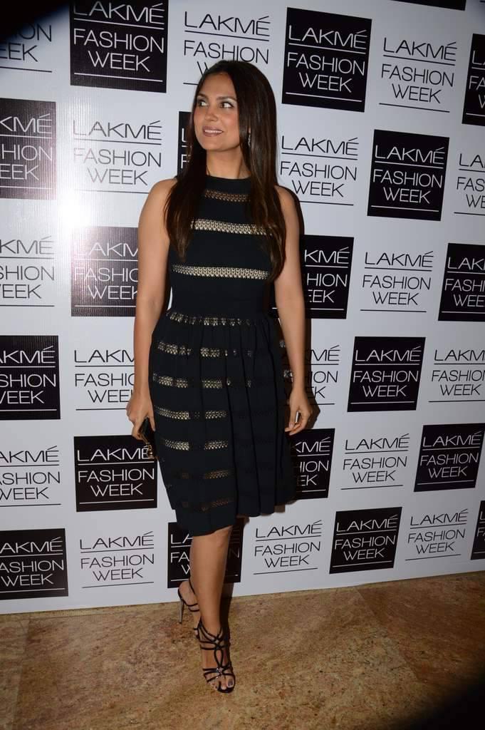 Lara Dutta During Fashion Designer Manish Malhotra`s Show LFW WF 2013