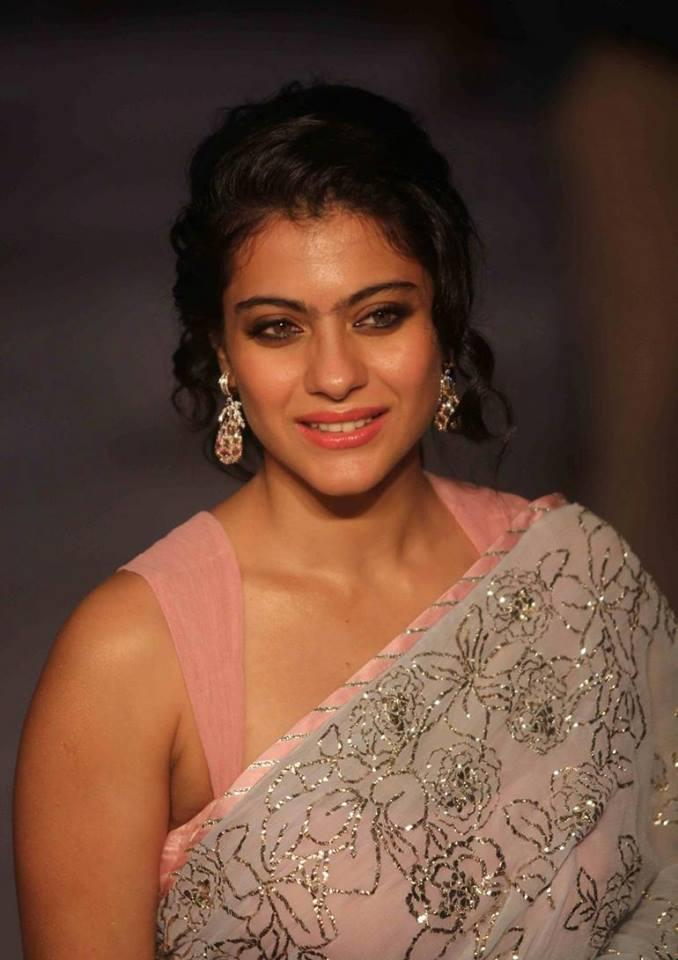 Stunning Beauty Kajol Devgan Walks Ramp At LFW Day Show For Shehla Khan
