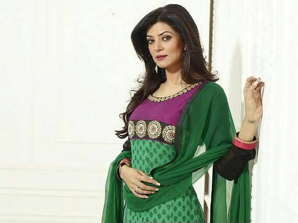 Sushmita Sen In Designer Salwar Kameez Fashionable Look Photo Shoot Still