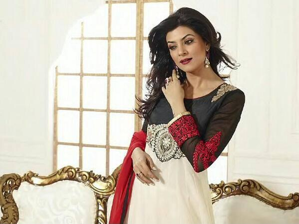 Sushmita Sen In Salwar Kameez Gorgeous Look Photo Shoot Still