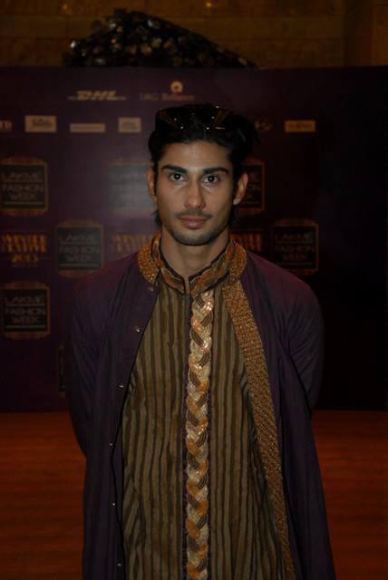 Prateik Babbar Looking Very Handsome At LFW 2013 Day 4 Show