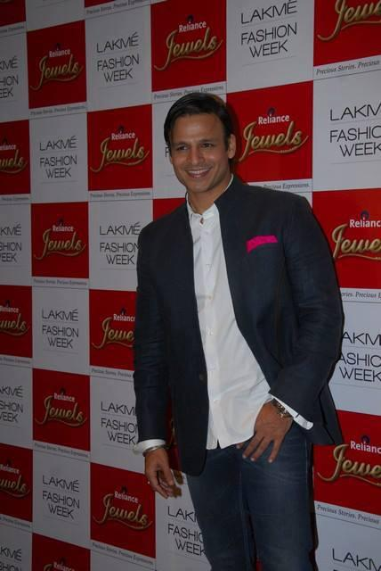 The Stunning Vivek Oberoi At LFW 2013 Day 4 Show