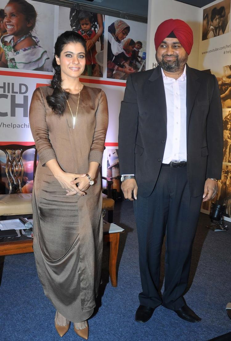 Elegant Kajol Devgan Cute Gorgeous Pic At Help A Child Reach Campaign