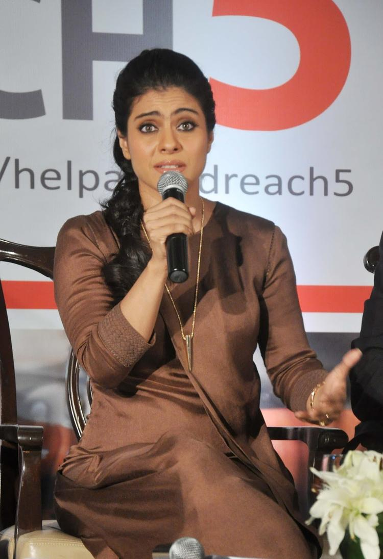 Kajol Devgan Speaks During The Event Of Help A Child Reach 5 Campaign