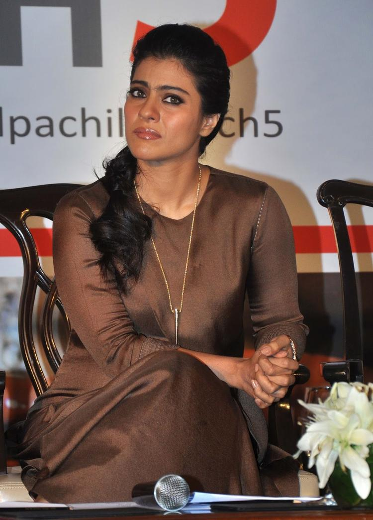 Kajol Devgan Spotted At Help A Child Campaign To Support The Cause Of Handwashing