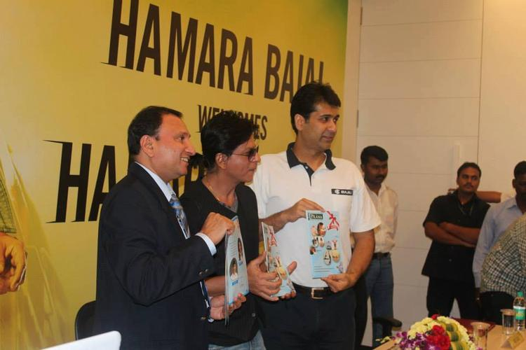 SRK Launches At Prana Yoga Centre In Pune