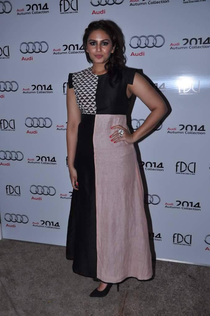 Huma Pose For Camera During The Launch Of Audi Autumn Collection 2014