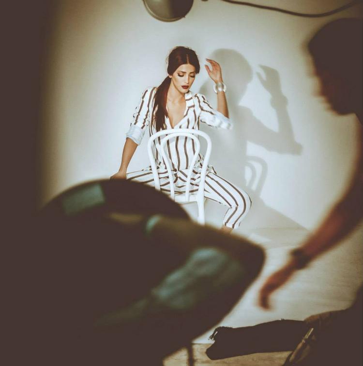 Shruti Haasan Glowing Look Glamour Still For Filmfare Issue