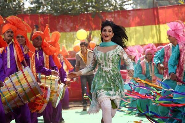 Pallavi Sharda Dancing Pic From The Movie Besharam