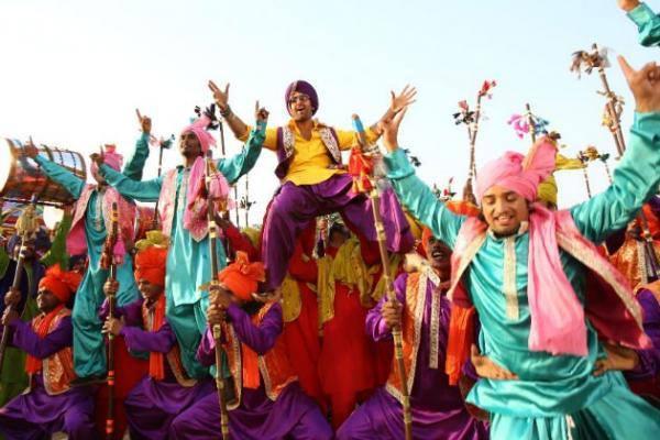 Ranbir Kapoor Bhangra Dance Still From The Movie Besharam
