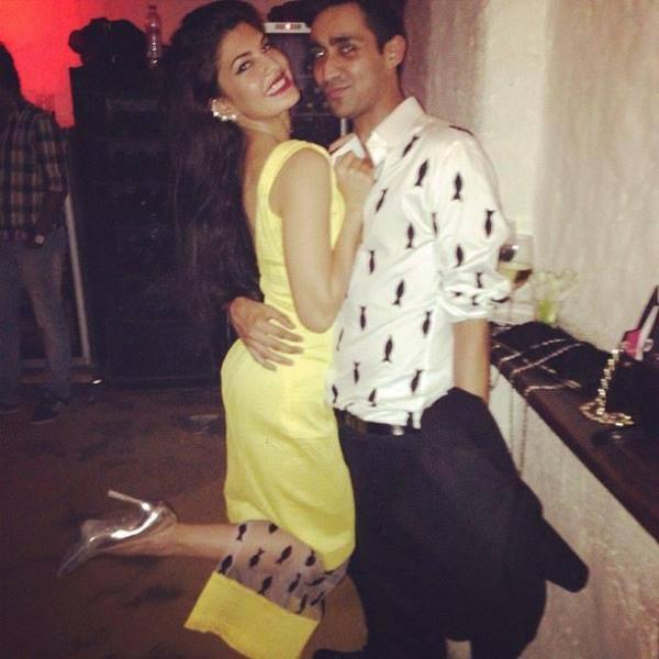 Jacqueline Fernandez Hugs A Friend Nice Look Instagram Photo At The Launch Of The Collective Style Book Green Room