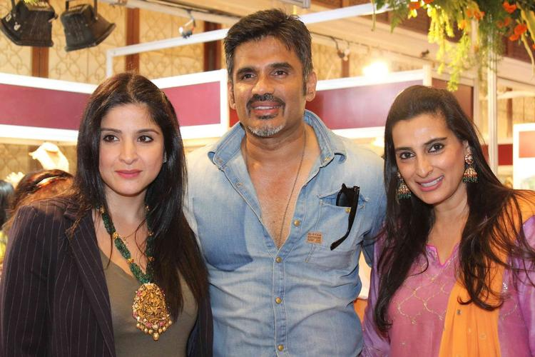 Mana And Sunil At Trousseau Araaish Fashion Exhibition