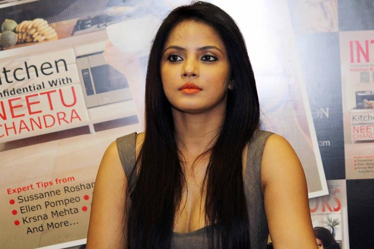 Neetu Chandra Dazzling Look During The Launch Of Society Interiors Magazine Cover September 2013 Issue