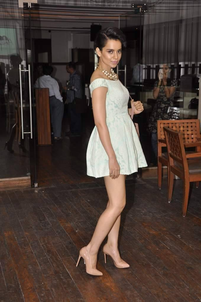 Kangana Ranaut Sexy Pose Photo Shoot During The Launches Of Her Own Website