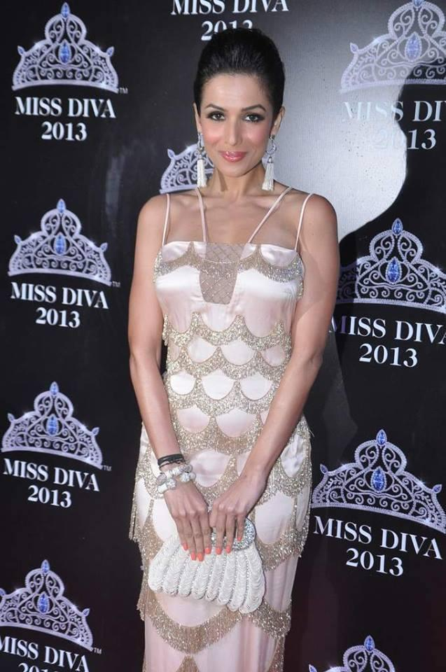 Hot Malaika Arora Khan Grace The Miss Diva 2013 Contest
