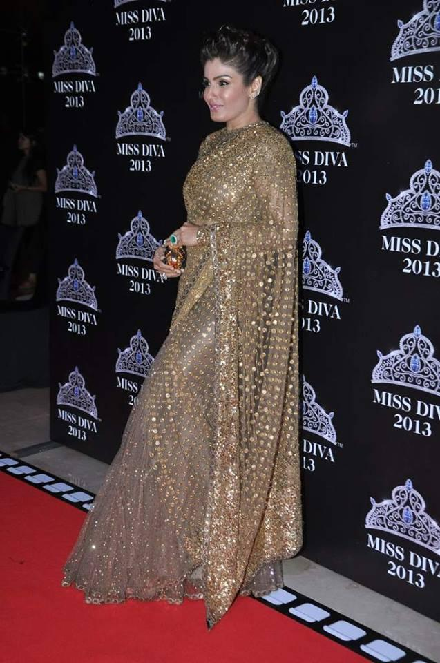 Raveena Tandon Opted For A Heavy Sabyasachi Saree For A Red Carpet Event