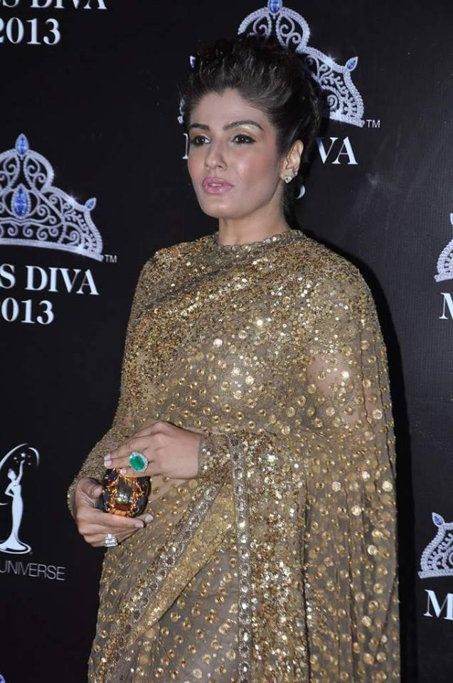Raveena Tondon Makeup Combined With The Hairdo Sure Made The Look Very Tacky