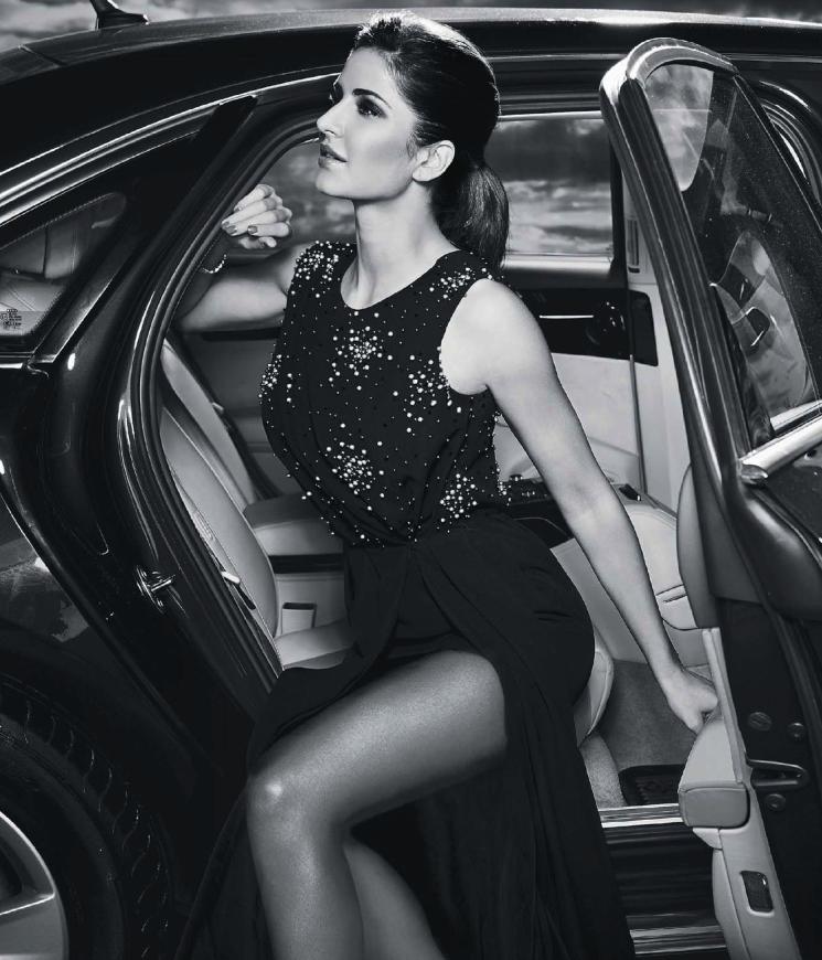 Sizzling Katrina Kaif Exposing Her Sexy Things For Hello India Magazine