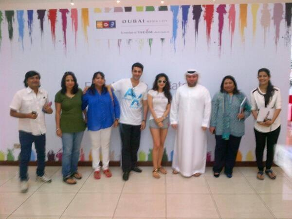 Ameesha Patel Latest Pic With Dubai Peoples