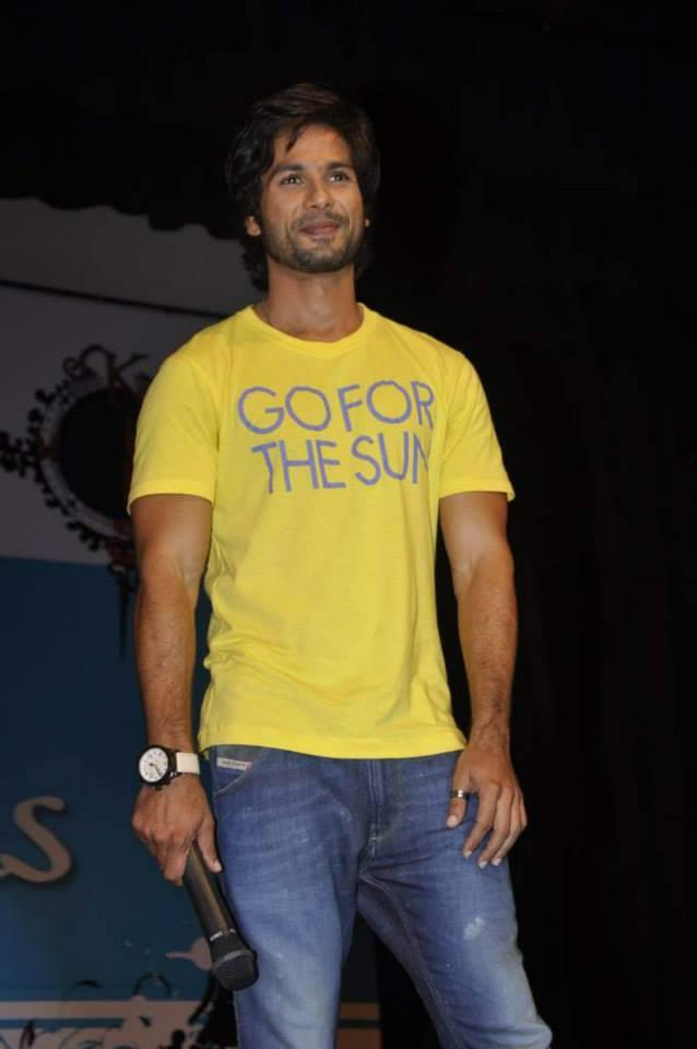 Shahid Kapoor Spotted At Sophia College Festival During The Promotion Of PPNH Film
