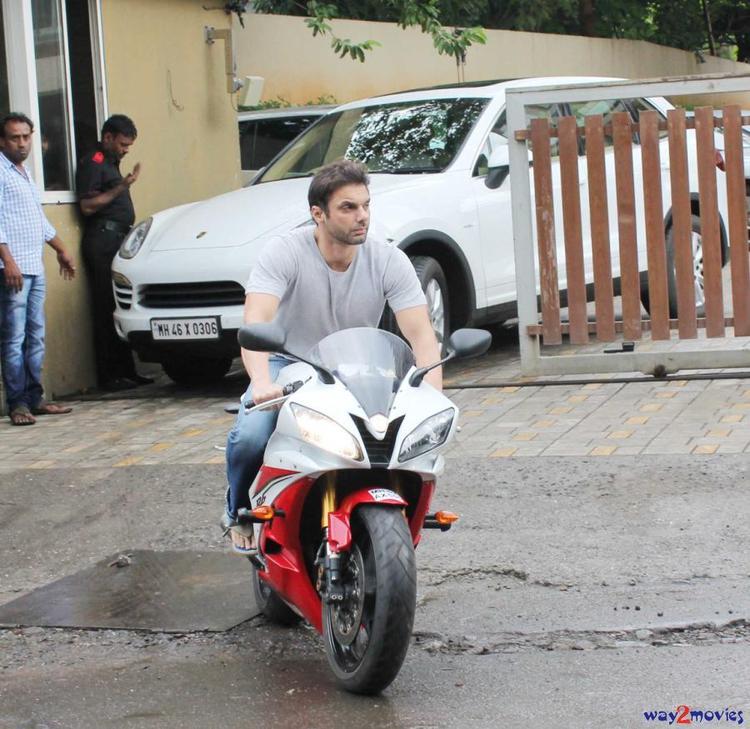 Sohail Khan With Bike At Arpita's Ganpati Celebrations 2013