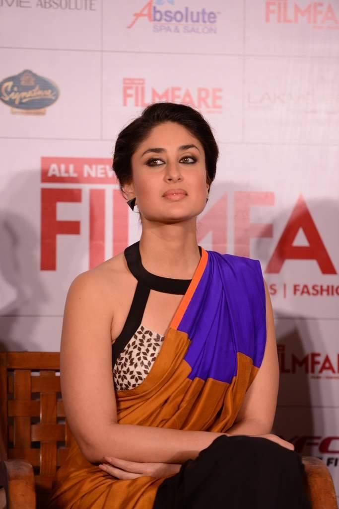Kareena Kapoor Hot Look During The Launch Of Filmfare September 2013 Issue In Mumbai