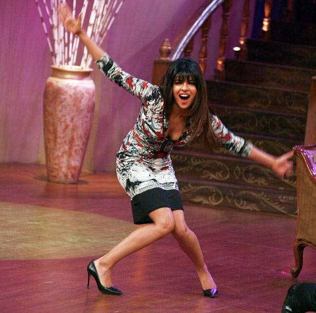 Priyanka Chopra Entertained With Her Funny Antics On The Sets Of Comedy Nights With Kapil