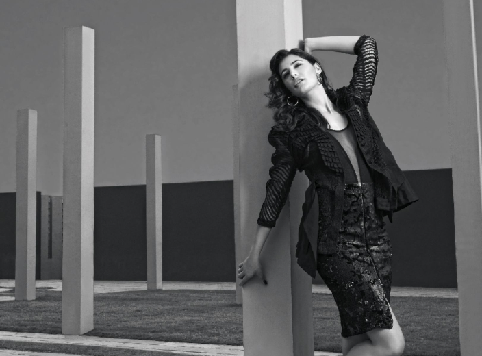 Nargis Fakhri Hot And Sexy Look For Filmfare Magazine September 2013