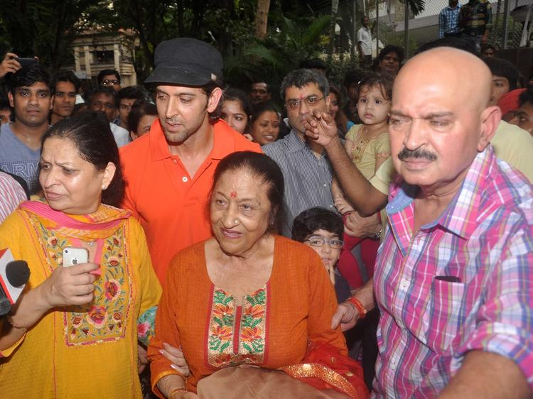 Hrithik Roshan At His Ganpati Visarjan Celebrations
