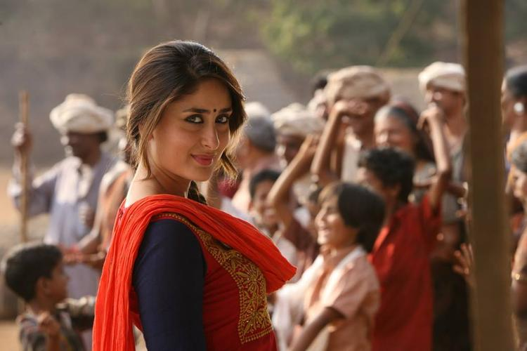 Kareena Kapoor Spicy Look From The Movie Gori Tere Pyaar Main