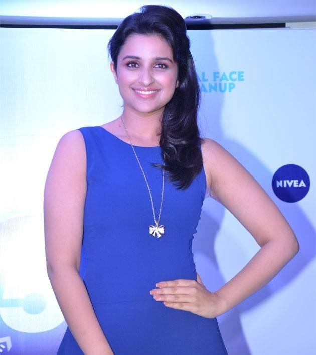 Parineeti Chopra Looked Dazzling In Her Blue Attire At Nivea Meet And Greet Event 2013