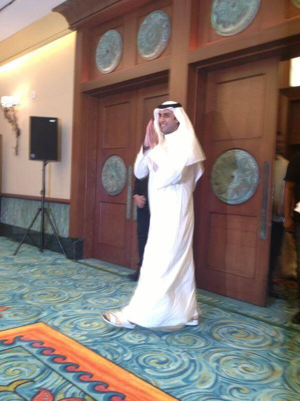 Abishek Bachchan Greets The Fans At The Happy New Year Press Conference In Dubai