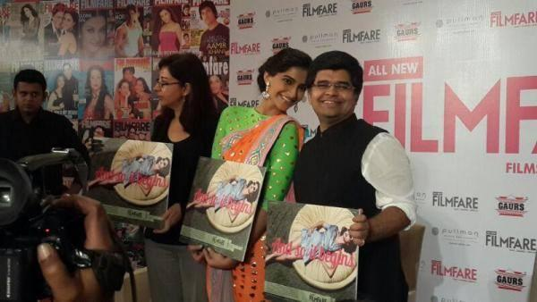 Sonam Kapoor Cool Posed With A Magazine At All New Filmfare Magazine Launch Press Conference