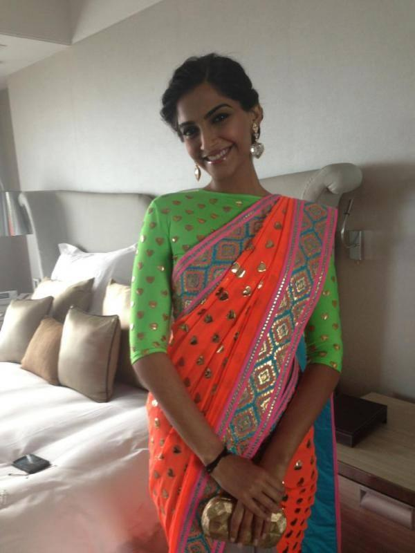 Sonam Kapoor Radiant Look In Saree At All New Filmfare Magazine Launch Event
