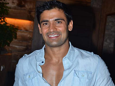 Dashing Sangram Singh Smiling Pic