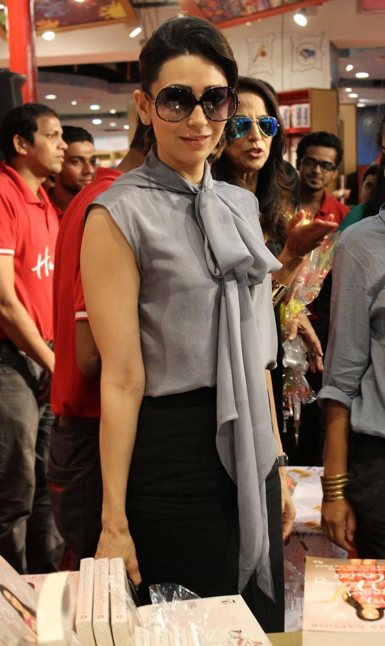 Style Icon Karisma Kapoor Snapped At Yummu Mummy Guide Book Launche Event