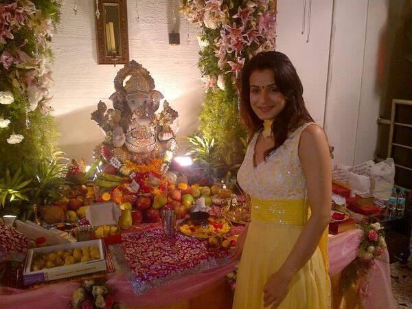 Ameesha Looks Lovely At Ganesh Chaturthi Celebrations