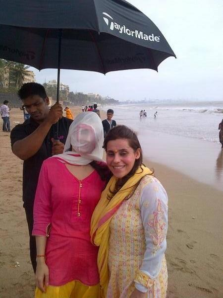 Ameesha Patel At A Sea Beach For Lord Ganesh Visarjan