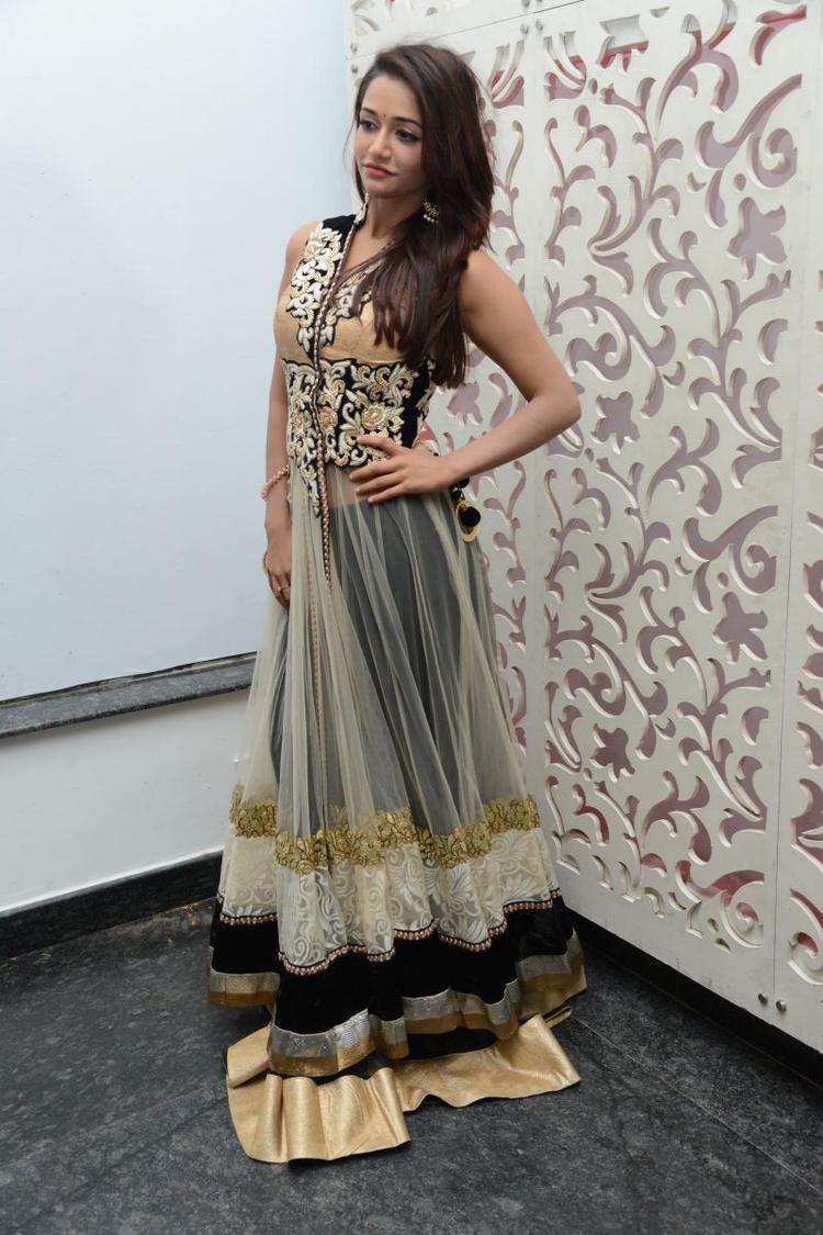 Amazing Anaika Soti Attended Satya 2 Movie Audio Release Function
