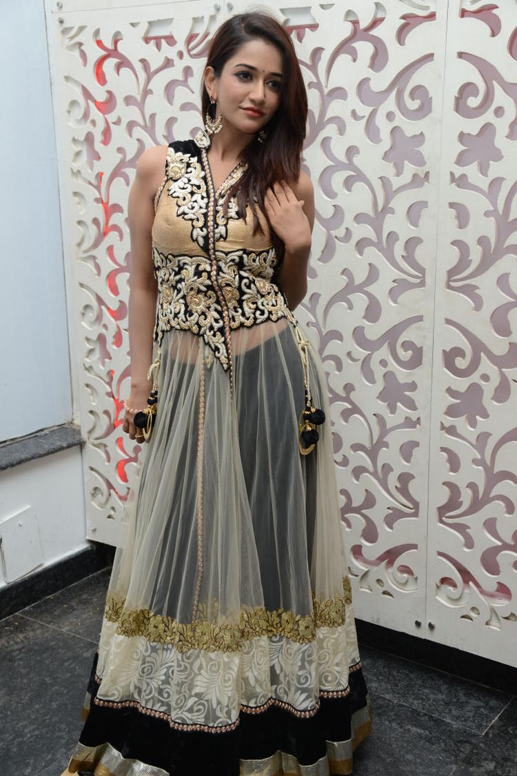 Anaika Looking Sizzling In This Outfit During Satya 2 Movie Audio Release Event