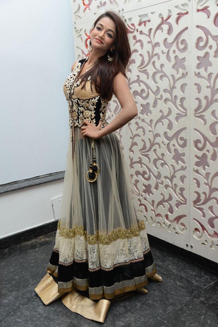 Satya 2 Movie Audio Release Function Anaika Sexy Pose Photo Shoot