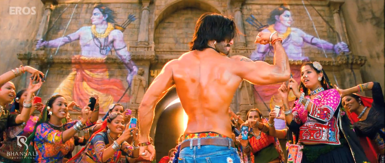 Ranveer Singh Hot Body Show Sexy Look Still From Ram Leela Movie