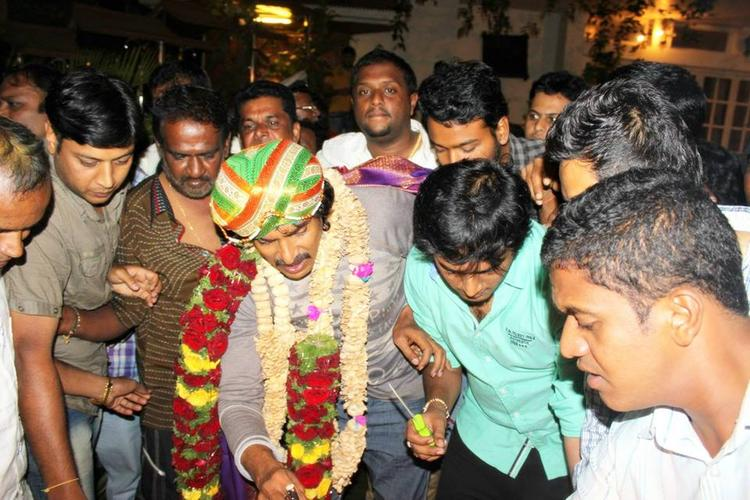 Upendra And His Fans Are Celebrated His 45th Birthday