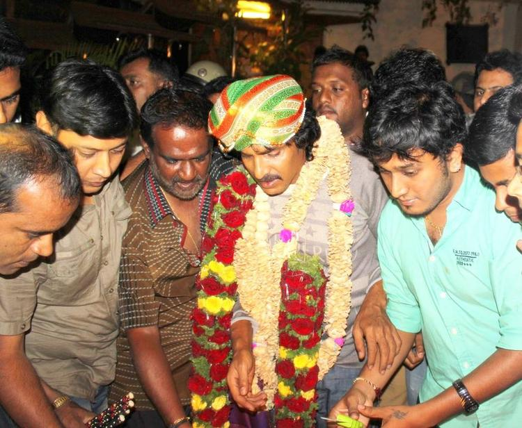 Upendra Traditional Look During His 45th Birthday Celebration