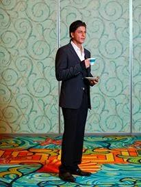 SRK Nice Look Photo Shoot For The National In Dubai